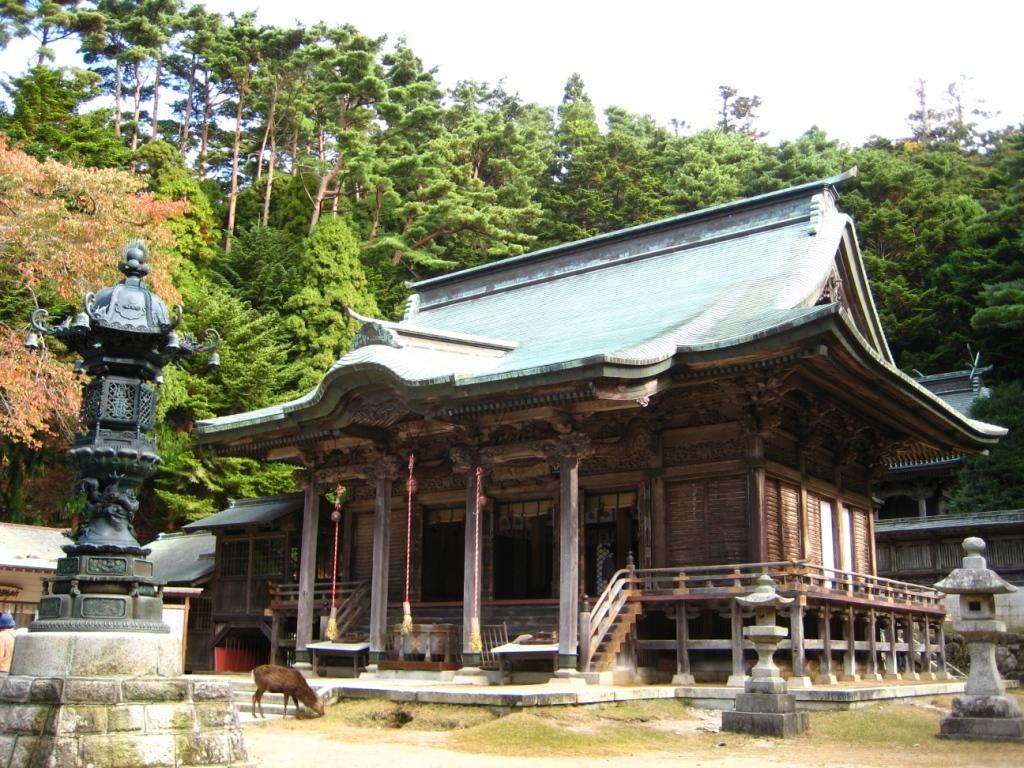 金崋山黄金山神社